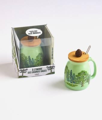Coffret Mug à l'ombre des grands sages, un mug géant en céramique avec couvercle en bambou et cuillère métal, un livre de méditation sur les arbres